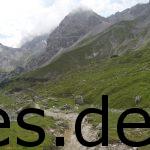 Der ersten Eindruck vom Downhill. Es geht also wieder runter. Copyright: Daniel Katzberg