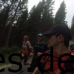 Kurz vor der VP 3. Geo (direkt links von mir) und Cindy (hinter mir) sind bei Juliane und mir. Copyright: Daniel Katzberg