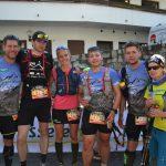 Gruppenfoto im Ziel der 5. von Juliane, Dominik, Joschi, Marc (beides Brüder von Dominik) und einer Teambekannten für die Dominik zurück geblieben ist. Copyright: werun4fun.de