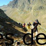 Kurz unter dem Timmeljoch auf 11,7 km geht es immer weiter den Berg hoch. Fotografiert von Sportograf