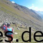 5. Etappe, Km 13,5. Dies ist ein Blicks ins Tal auf italienischer Seite. Wir haben die VP 2 (Timmeljochgrenze) passiert. ich hatte hier wegen meinem Fuß sehr zu kämpfen. Copyright: Daniel Katzberg