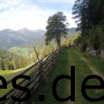 Dies ist bei Km 6. Ein Eindruck, was ich mit Hermannslauf-Feeling meine mit einer schönen Alpenaussicht. Copyright: Daniel Katzberg