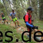 Wir können noch gut 7 km vor dem Ziel der siebten Etappe lächeln. Fotografiert von Sportograf