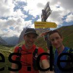 Dominik und ich am Scharnitz Joch. Der erste Berg ist erklommen nach 8 Km (Copyright: Daniel Katzberg)