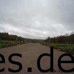Kurz vor der Km 036 Markierung durften wir Läufer_innen einmal durch diesen Schlosspark laufen. (Copyright: Daniel Katzberg)