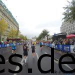 Nach 41,5 Km ist vor einem das Brandenburger Tor. Von hier aus, ist es kein Km mehr bis ins Ziel. (Copyright: Daniel Katzberg)