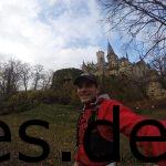 Km 26,5: Als ich beim zweiten Mal am Schloss vorbeilaufe und etwas Himmel sehe, beschließe ich ein Foto davon zu machen. (Copyright: Daniel Katzberg)