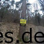 So sehen die Schilder für die Klippen aus. Heißt: Es geht zum dritten Mal bergauf. (Copyright: Daniel Katzberg)