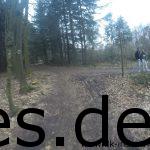 Ich erreiche das Ende der vierten Klippe und sehe eine größere Lücke zu den Läufern vor mir. (Copyright: Daniel Katzberg)