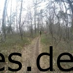 Km 16,5: Ein Blick nach vorne auf dem Single-Trail nach Klippe 7. (Copyright: Daniel Katzberg)