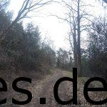 Km 18,4: Die Hassberg Klippe ist zur Hälfte gemeistert. Ich gehe hier wenige Meter. (Copyright: Daniel Katzberg)