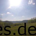 Km 28: Und das ist die Aussicht, die wir auf dem sonnigen Weg, ohne Schatten, genießen dürfen. (Copyright: Daniel Katzberg)