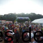 Wenige Sekunden vor dem Start drängt sich jeder zur Startlinie (Copyright: Daniel Katzberg)